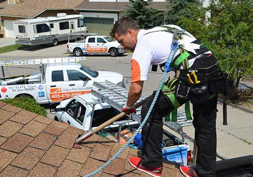 Calgary Elite Roofing Technician